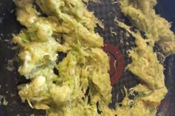 Zubereitung des Rezepts Genialer Zucchiniaufstrich mit Knoblauch, schritt 3
