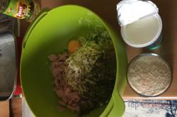 Zubereitung des Rezepts Zucchiniauflauf, der bestimmt auch reine Fleischesser überzeugt, schritt 1