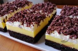 Zubereitung des Rezepts Saftiger Vanillecremekuchen, der wie Eiscreme schmeckt, schritt 1