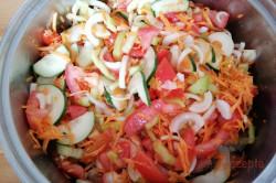 Geheimrezept der Familie: einfacher Salat im Glas ohne Einkochen, schritt 1