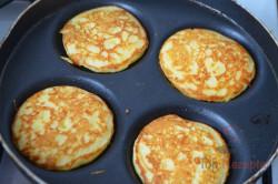 Zubereitung des Rezepts Wunderbare, extra feine Pancakes mit Käse, schritt 4