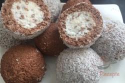Zubereitung des Rezepts Zweifarbige FITNESS Kokos-Quarkkugeln ohne Zucker, Mehl und Eier, schritt 9