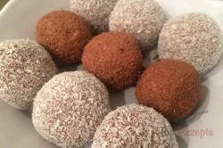 Zubereitung des Rezepts Zweifarbige FITNESS Kokos-Quarkkugeln ohne Zucker, Mehl und Eier, schritt 8