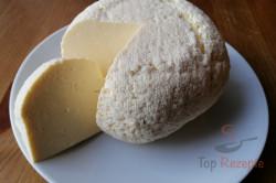 Zubereitung des Rezepts 1 kg selbstgemachter Käse aus 2 L Milch: Auch für Anfänger!, schritt 1