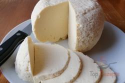 Zubereitung des Rezepts 1 kg selbstgemachter Käse aus 2 L Milch: Auch für Anfänger!, schritt 2