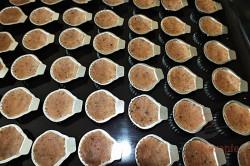 Zubereitung des Rezepts Nuss-Muscheln mit Buttercreme, schritt 1