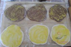Zubereitung des Rezepts Luftige zweifarbige Butterteig-Stangen, schritt 2