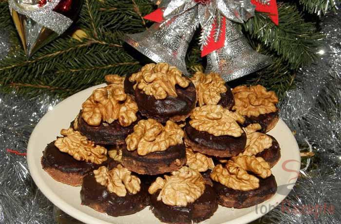 Weihnachtsplätzchen Schokoladenplätzchen.Schokoladenplätzchen Mit Walnüssen