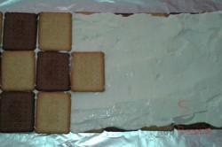 Zubereitung des Rezepts Dachkuchen aus Butterkeksen, schritt 3