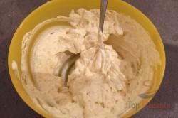 FITNESS Rezept für kleine mehlfreie Fladenbrote aus 3 Zutaten, schritt 1