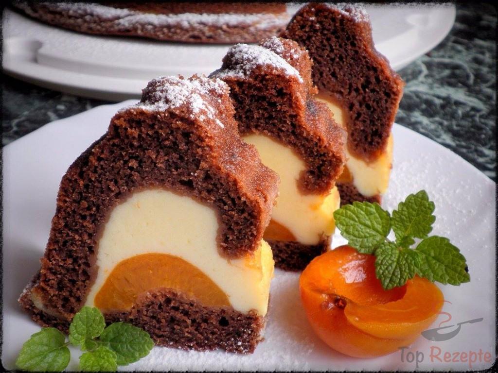 Gugelhupf Mit Quark Und Aprikosen Gefullt Top Rezepte De