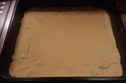 Zubereitung des Rezepts Mürbeteig-Nuss-Kuchen mit Eigelb-Glasur, schritt 4